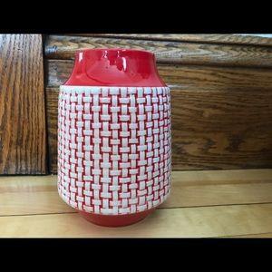 🏠BOGO Red and white basket weave flower vase